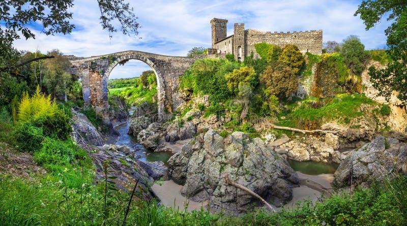 Antyczne Etruskie city ruiny w Vulci, Włochy - obraz royalty free