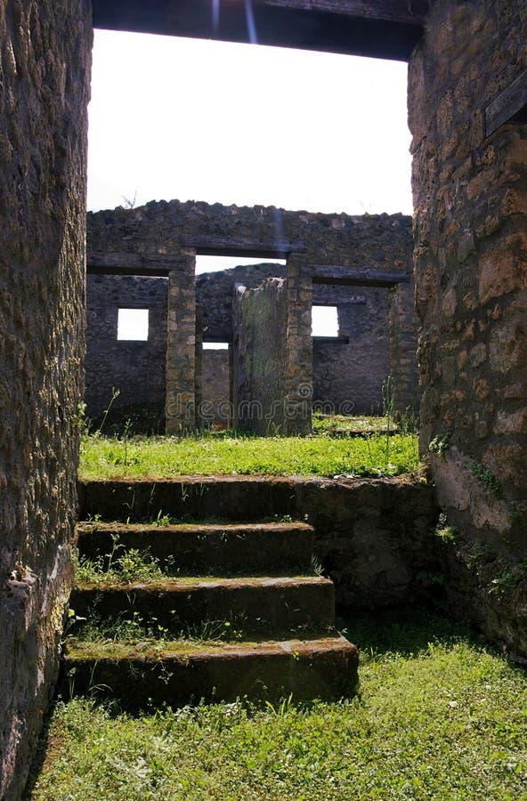 Antyczne fasady Pompeii, Włochy - zdjęcie royalty free