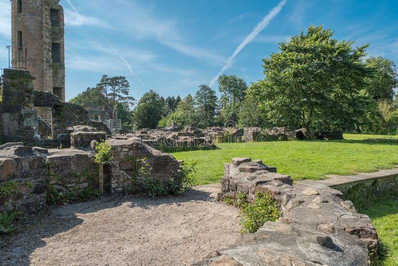 Antyczne Szkockie ruiny i budynek podstawy fotografia royalty free