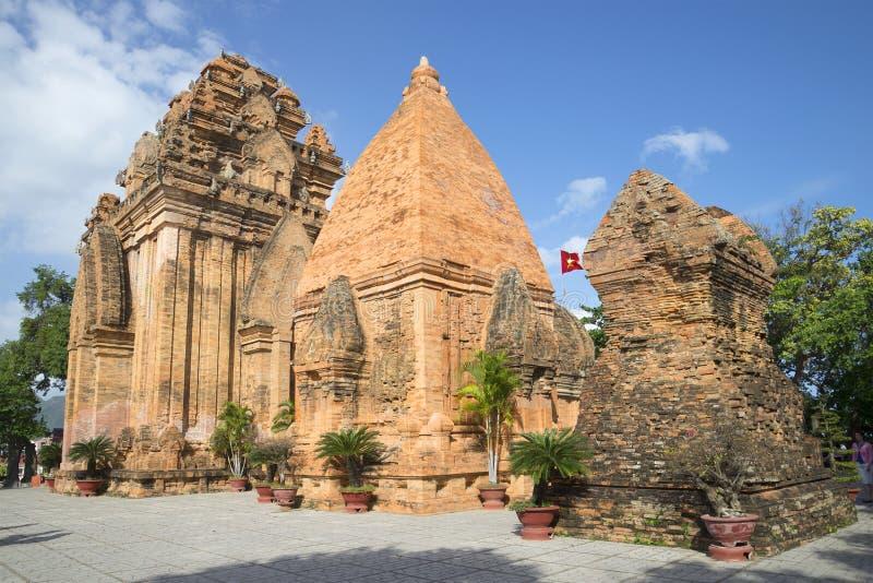 Antycznej świątyni kompleks po Nagar Główny przyciąganie w Nha Trang Wietnam obraz stock