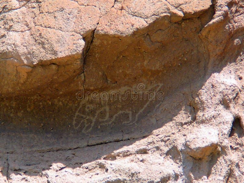Antyczni Bandelier Krajowego zabytku petroglify fotografia stock
