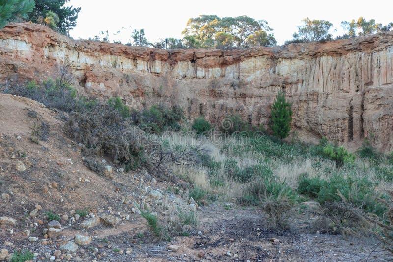 Antyczni cedziny 'Red Hill' byli miejscem 1851 góry Aleksander gorączka złota obrazy stock