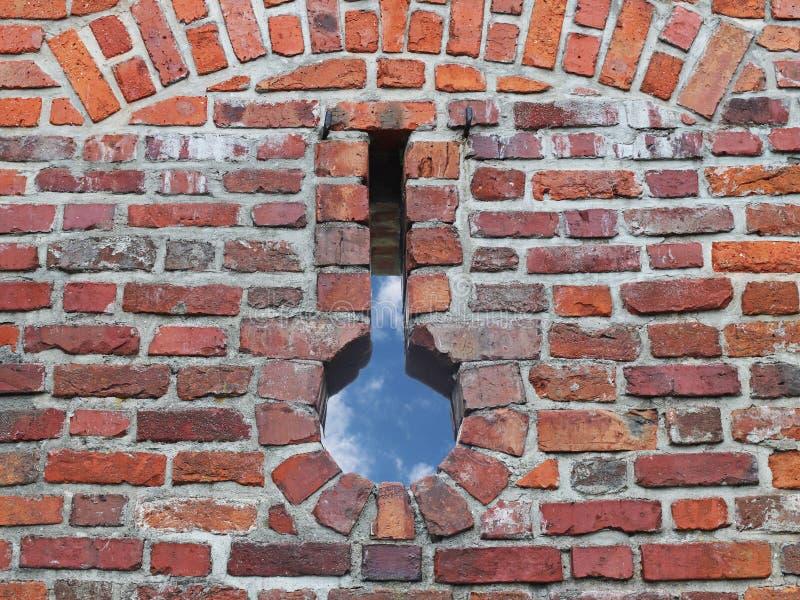 Antyczny średniowieczny brickwork z rzeźnią Tekstura czerep ściana stara struktura Tło dla projekta i zdjęcia royalty free