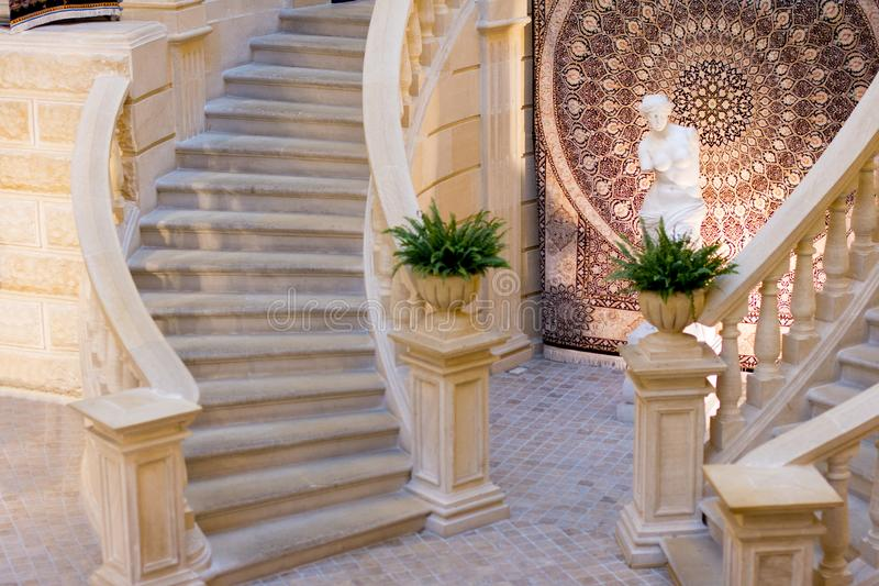 Antyczny architektoniczny ślimakowaty schody fotografia royalty free