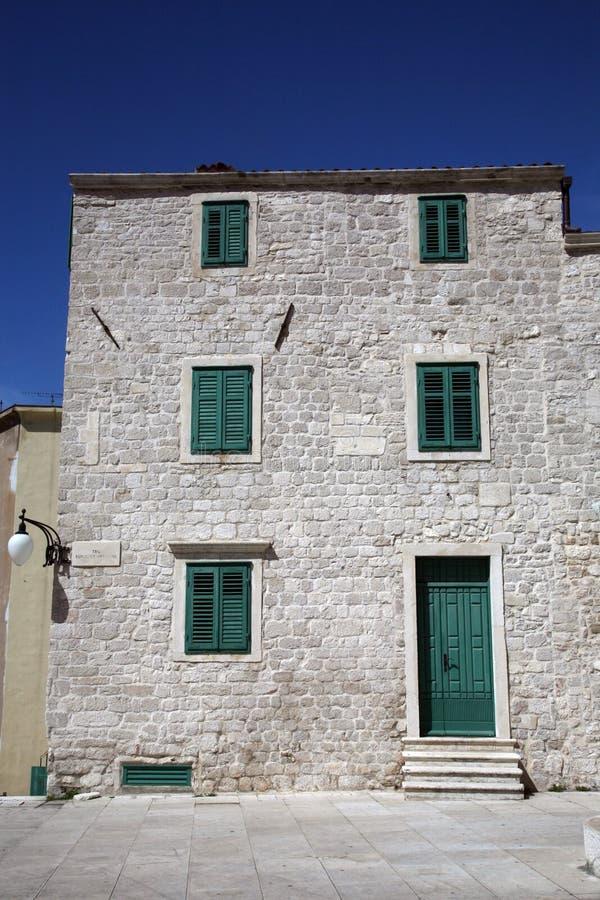 Antyczny budynek w Sibenik obrazy stock