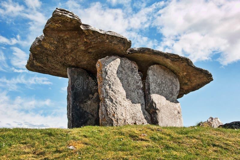 antyczny dolmen zachodni doniosły Ireland obrazy royalty free