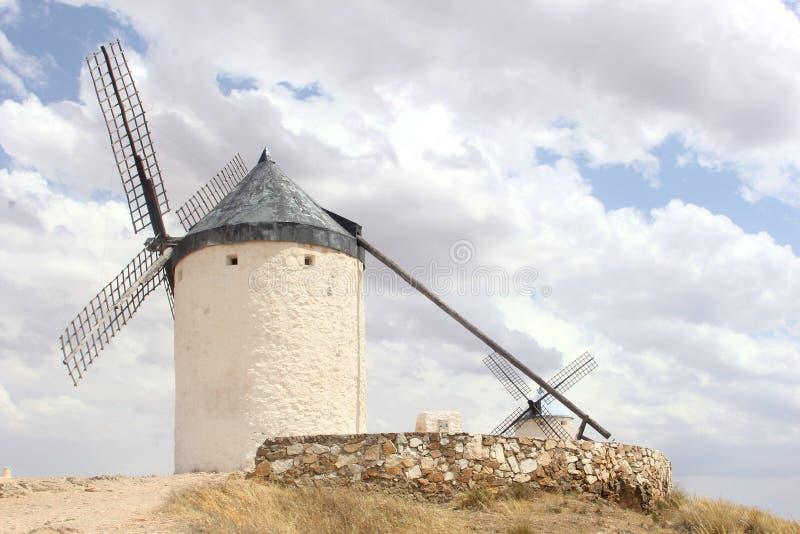 Antyczny Hiszpański wiatraczek wzdłuż Don Quichot trasy, Hiszpania fotografia stock