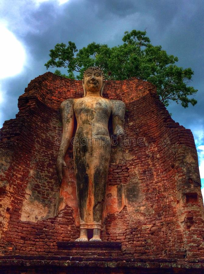 Antyczny kamienny Buddha obrazy stock