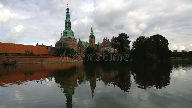 Antyczny kasztel Frederiksborg w Dani zdjęcie stock
