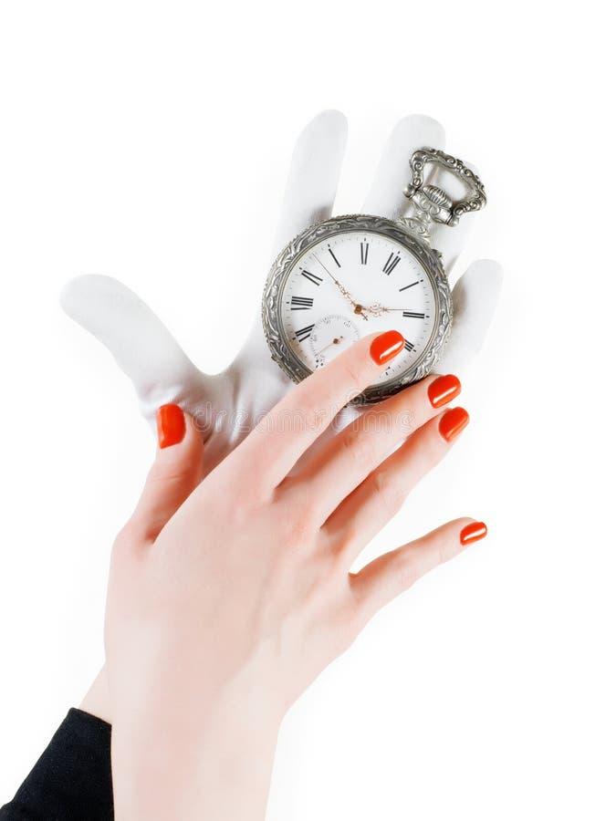 Antyczny kieszeniowy zegarek w kobiet rękach zdjęcia royalty free