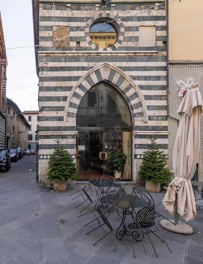 Antyczny krasomówstwo w historycznym centrum Pistoia, Tuscany, Włochy obraz stock
