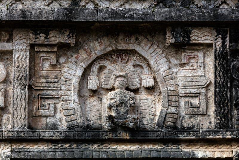 Antyczny Majski kamienny cyzelowanie w Chichen Itza obraz royalty free
