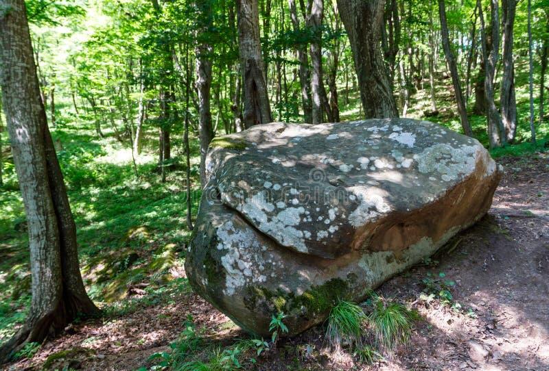 Antyczny megalityczny dolmen, Tuapse, Rosja fotografia stock