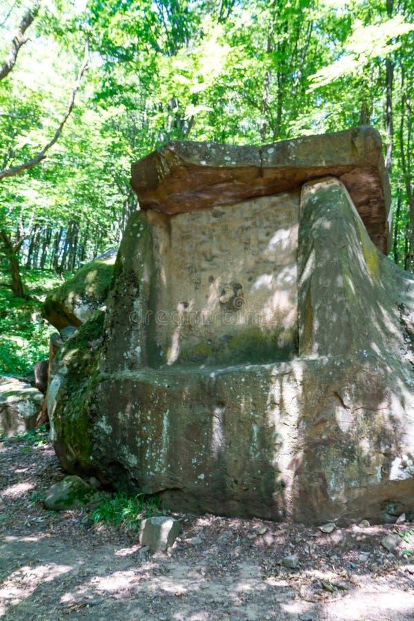 Antyczny megalityczny dolmen, Tuapse, Rosja obrazy royalty free