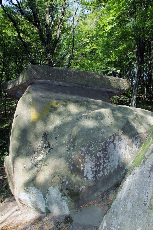 Antyczny megalityczny dolmen, Tuapse, Rosja zdjęcie royalty free
