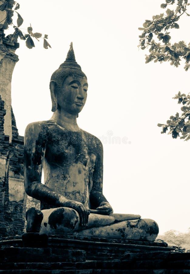 Download Antyczny miasto Ayutthaya zdjęcie stock. Obraz złożonej z statua - 28965136
