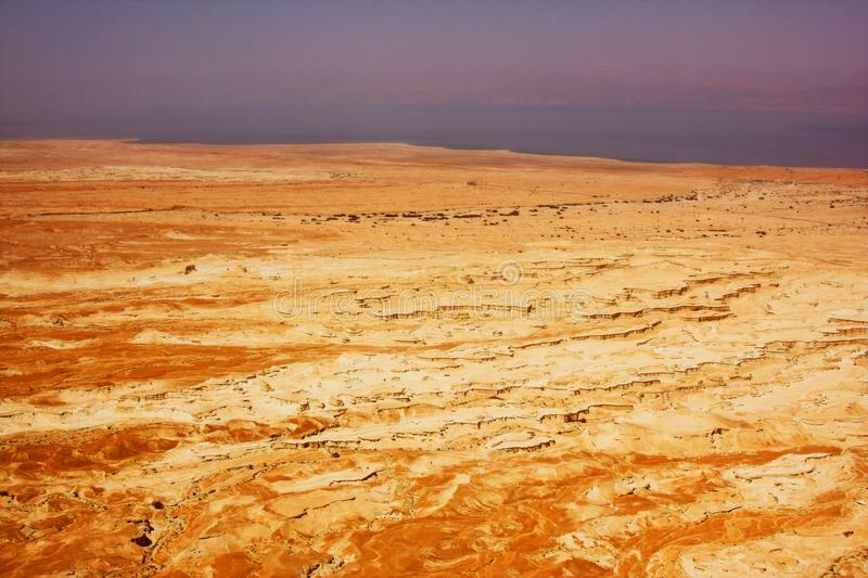 antycznych nieżywych gór malowniczy morze zdjęcie royalty free