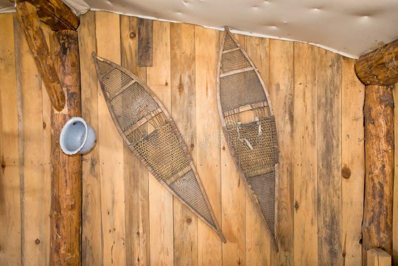 Antykwarscy karple wiesza na ścianie obrazy royalty free