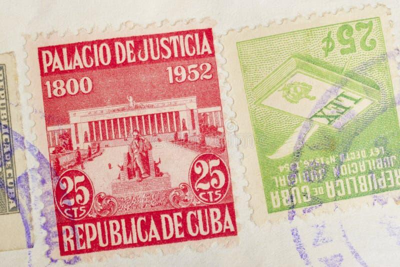 Antykwarscy kubańscy znaczki z postmarks Rocznik historyczna filatelistyka obrazy stock