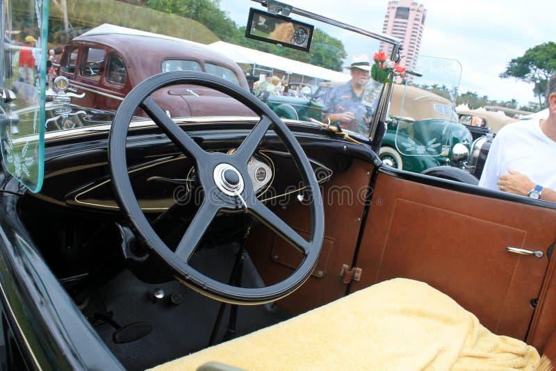 Antykwarski amerykański samochodowy wnętrze przy wydarzeniem zdjęcie royalty free
