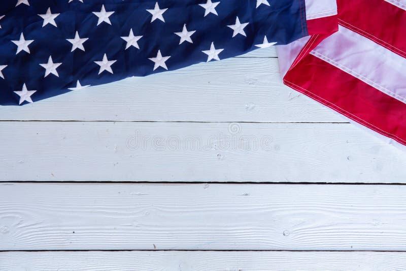 Antykwarski Ameryka flagi falowania wzoru t?o w czerwonym b??kitnym bia?ym koloru poj?ciu dla usa 4th Lipa dnia niepodleg?o?ci, s zdjęcia royalty free