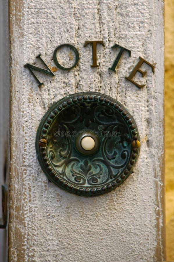 Antykwarski drzwiowy dzwonkowy guzik zdjęcie stock
