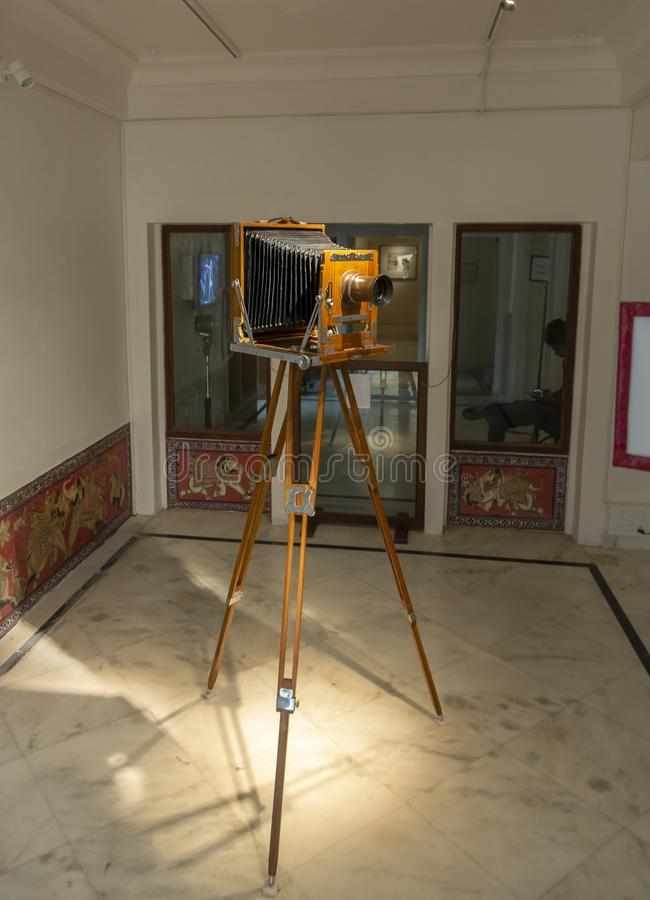 Antykwarski kamery ustawianie przy miasto pałac, Udaipur, Rajasthan, India zdjęcie stock