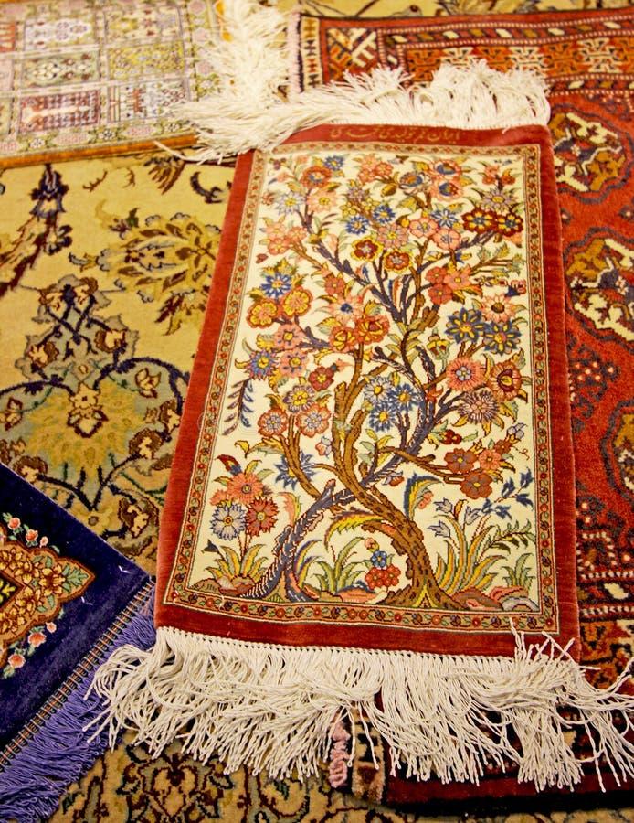 Antykwarski Perski dywan w Isfahan, Iran zdjęcia royalty free