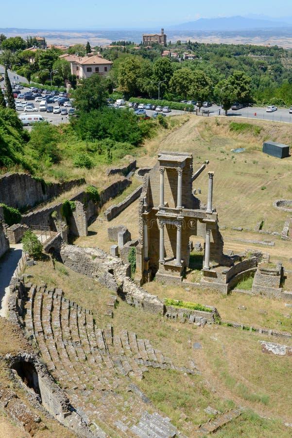 Antykwarski rzymski amfiteatr Volterra na Tuscany obraz stock