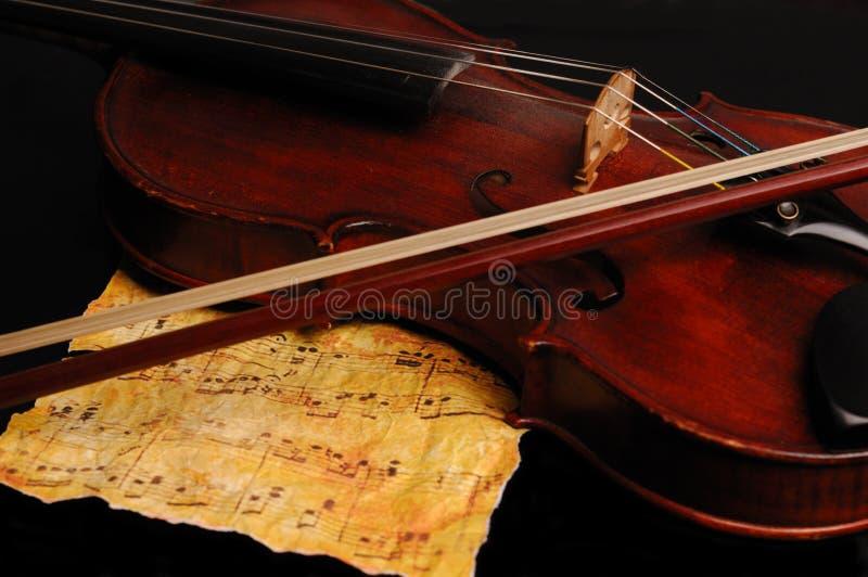 Antykwarski skrzypce fotografia royalty free