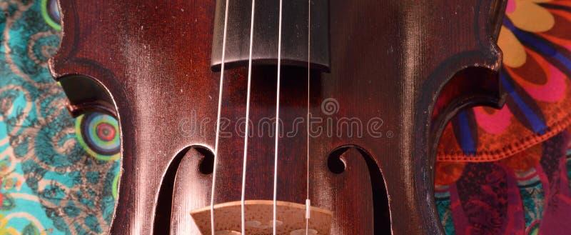 Antykwarski skrzypcowy zbliżenie, krańcowy widescreen rozmiar fotografia royalty free