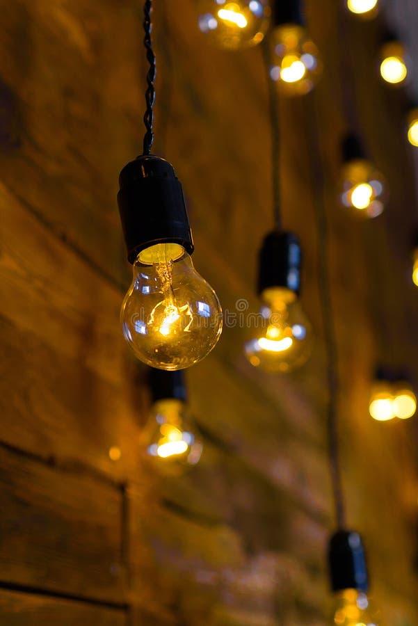 Antykwarskie drucik żarówki, Edison żarówki zdjęcia stock