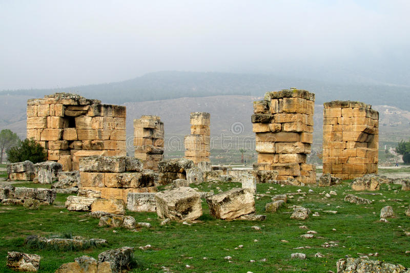 Antykwarskie ruiny Hierapolis obraz royalty free