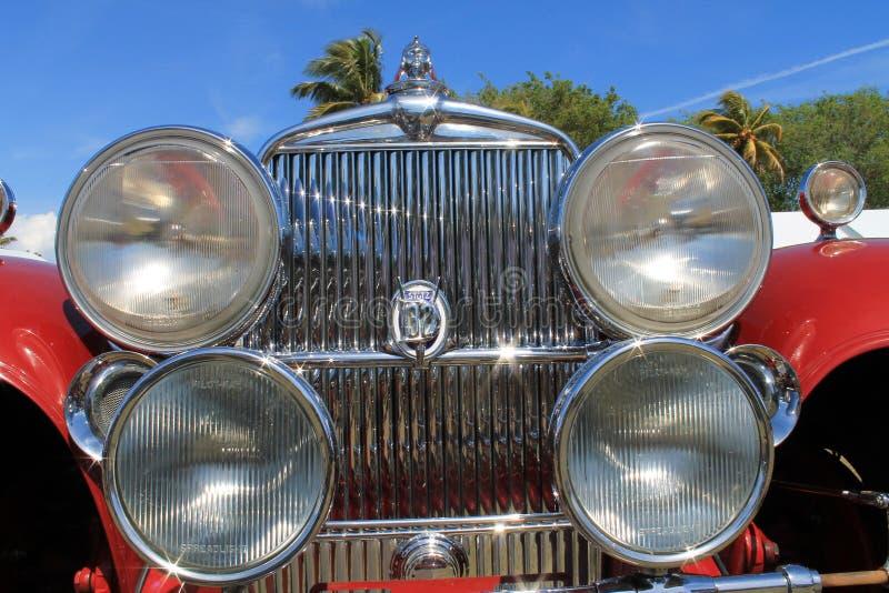 Antykwarskiego samochodu przód w twój twarzy zdjęcie royalty free