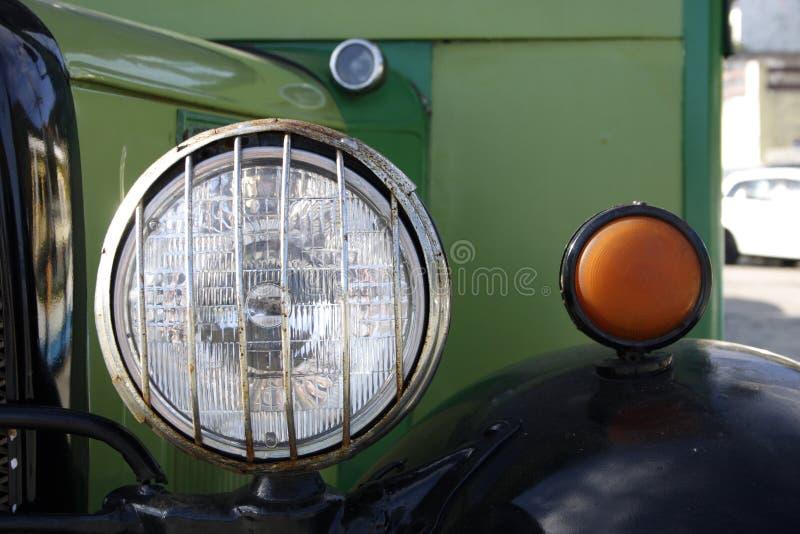 Antykwarskiego samochodu szczegół zdjęcia royalty free