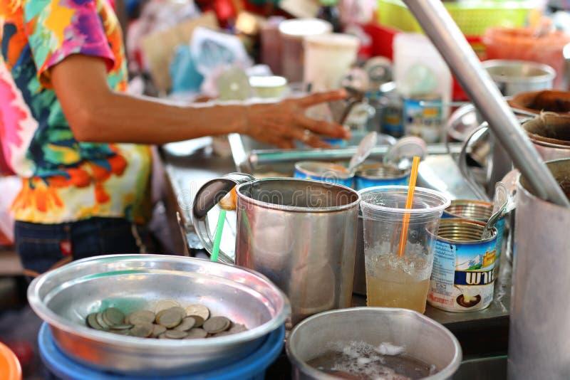 Antykwarskiego sklepu z kawą Tajlandzki sposób życia w Tajlandia, Nakhon Pathom prowincja, 16 2019 Kwiecień obrazy royalty free