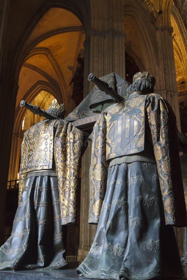 Anuncia Columbus que lleva imagenes de archivo