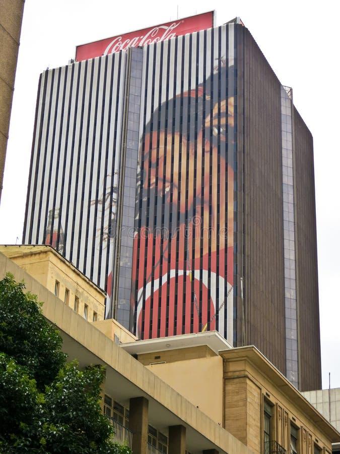 Anuncio de Coca-Cola - Johannesburgo, Suráfrica foto de archivo libre de regalías