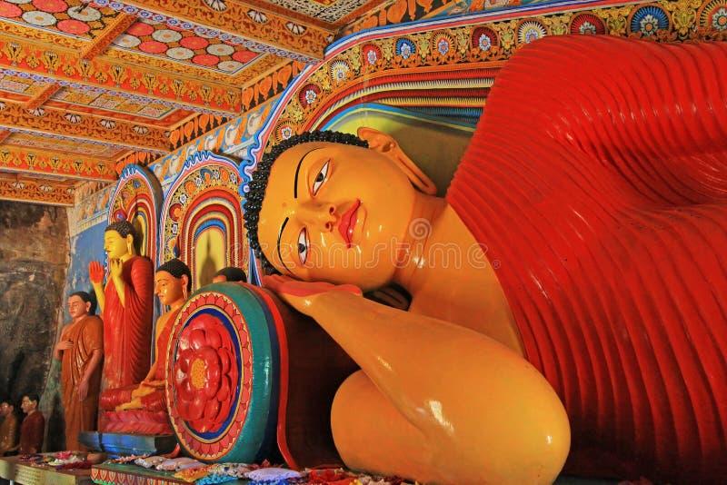 Anuradhapura Isurumuniya Temple& x27; s Śpi Buddha, Sri Lanka UNESCO światowe dziedzictwo zdjęcia royalty free