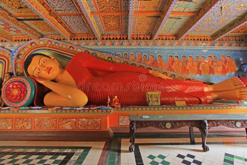 Anuradhapura Isurumuniya Temple& x27; s Slaap Boedha, Sri Lanka-de Werelderfenis van Unesco stock foto's