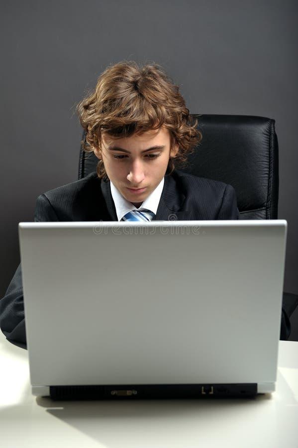 Använda för affärsmanbärbar dator