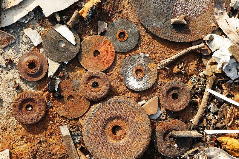 Använda mala disketter för handmolarmetall arkivfoto