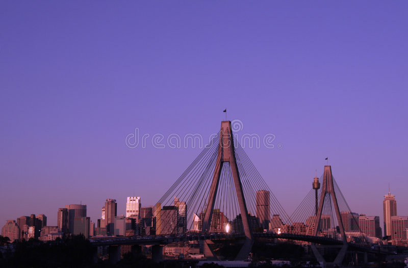 anzac φως βραδιού γεφυρών στοκ εικόνα