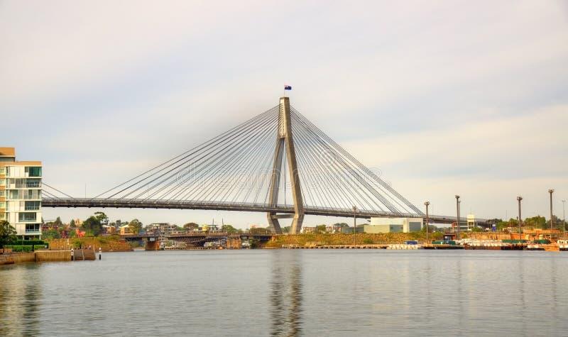 Anzac Bridge em Sydney, Austrália foto de stock royalty free
