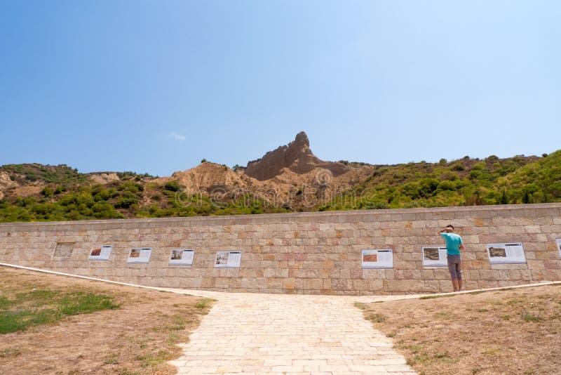Anzac Cove Memorial em Turquia imagens de stock