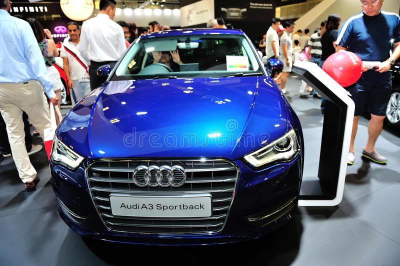 Anzeige Audis A3 Sportback während des Singapurs Motorshow 2016 lizenzfreies stockfoto