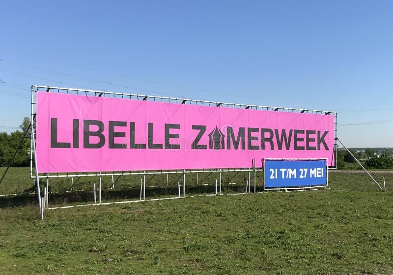 Anzeigenzeichen niederländischer Frauen ` s Zeitschrift Libelle, für ein Festival Libelle Zomerweek lizenzfreies stockbild