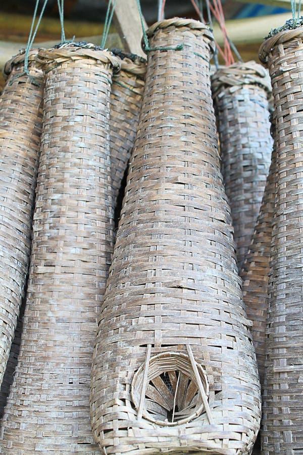 Anziehender Korb Der Fische In Thailand Für Muster Stockfoto - Bild ...