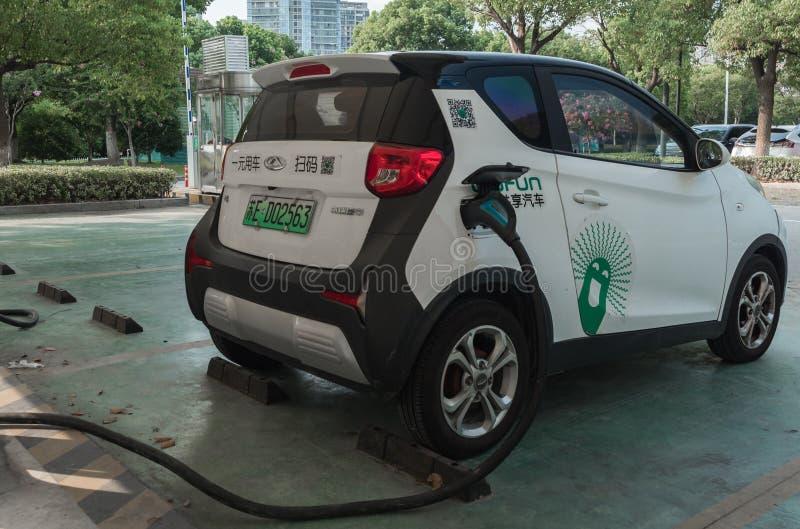 16 août 2018 Ville de Suzhou, Chine Alimentation d'énergie pour le remplissage de voiture électrique Station de charge de véhicul images libres de droits