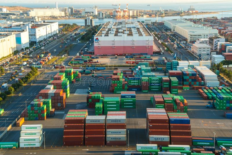 Aomi Container Terminal, Odaiba, Tokyo photographie stock